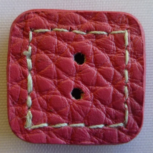 Leather Sewn Square Button (Pink) 2 cm